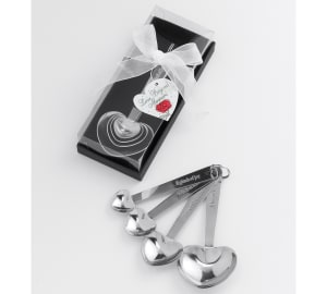 Love Beyond Measure Heart Measuring Spoons Favor