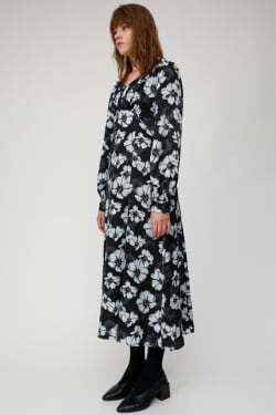 MONOTONE FLOWER dress