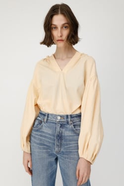 GATHER SKIPPER NECK Blouse