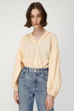 GATHER SKIPPER NECK blouse