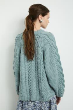 RAGLAN SLEEVE CABLE knit