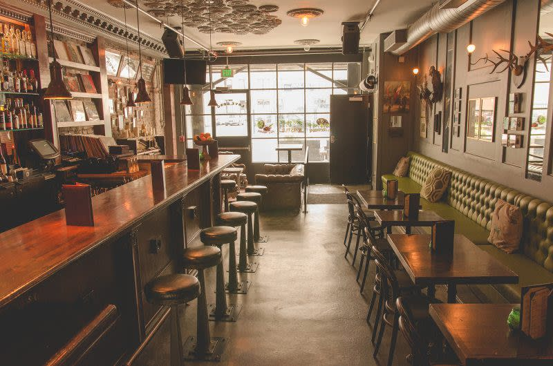 La S Best Bars With Live Music