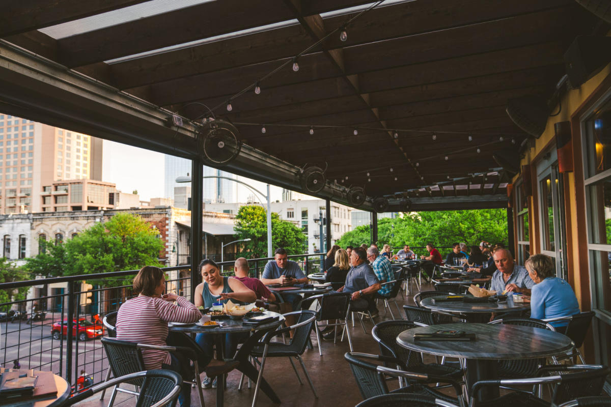 The Best Patio Bars Restaurants In Austin