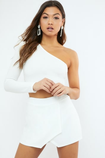 NILLINA WHITE CREPE ONE SHOULDER CROP TOP