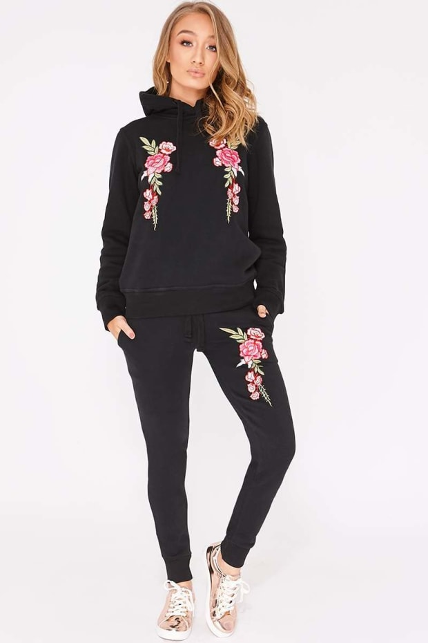 FLOSSIE BLACK FLORAL EMBROIDERED HOODED LOUNGEWEAR SET
