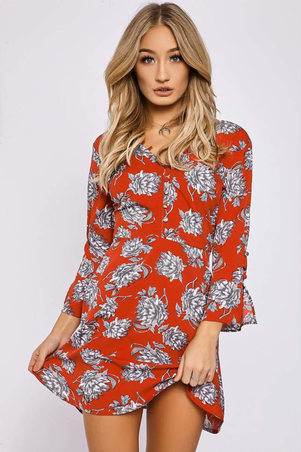 CALISSA RED FLORAL PLUNGE BUTTON DETAIL DRESS
