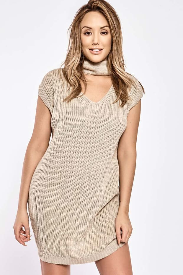 CHARLOTTE CROSBY STONE SLEEVELESS CUT OUT COLLAR JUMPER DRESS