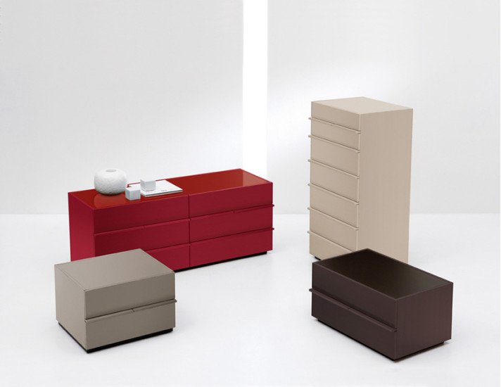 Aki: Bedside table with 2 drawers available in different versions