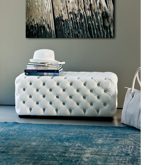 Alcide: Rectangular pouf in different sizes with capitonné finish