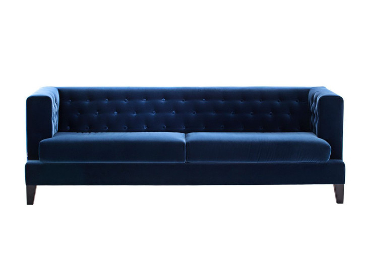 Hall: 3 seater sofa available in different finishings