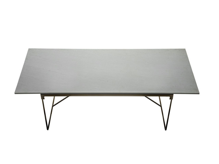 Mingx: Table available in different colours and sizes