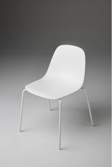 Babah S: Chair available in different colours