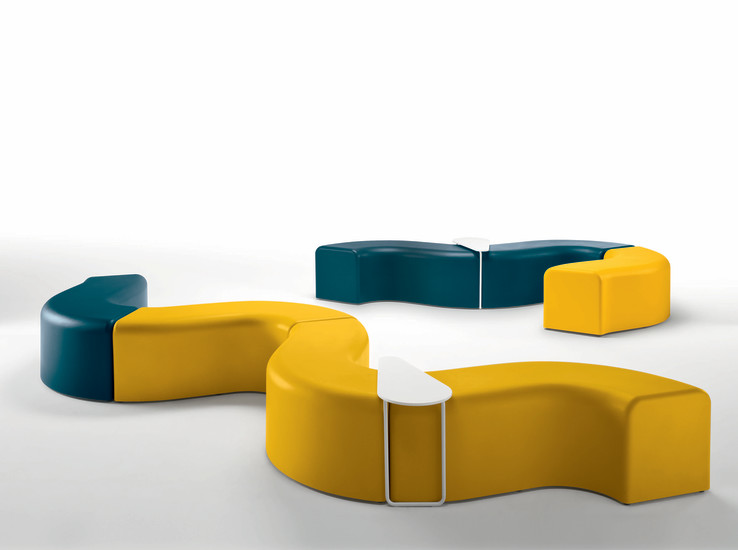 Churros Out: Seating system for outdoor use in different colours