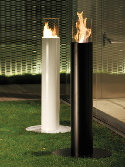 Minerva: Free standing fireplace Ø220 mm, H 1350 mm