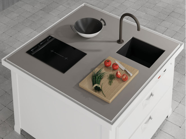Mini Minà - Sink + Hob: Freestanding kitchen unit with sink and AEG induction hob