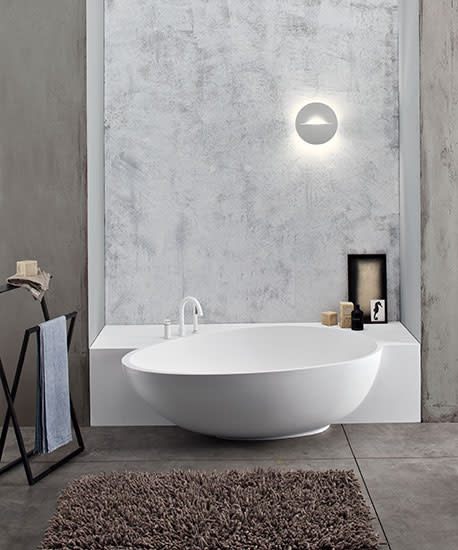 Bahia: Semi-recessed bath in different versions