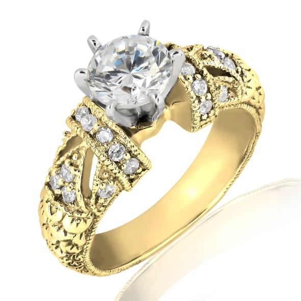 แหวนทอง 18K ประดับเพชร น้ำหนักรวม 0.55 กะรัต ค่าสี F ค่าความสะอาด VS