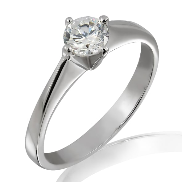 แหวนทอง 18K ประดับเพชร น้ำหนักรวม 0.40 กะรัต ค่าสี F เพชรมาพร้อมใบรับรองจาก GIA
