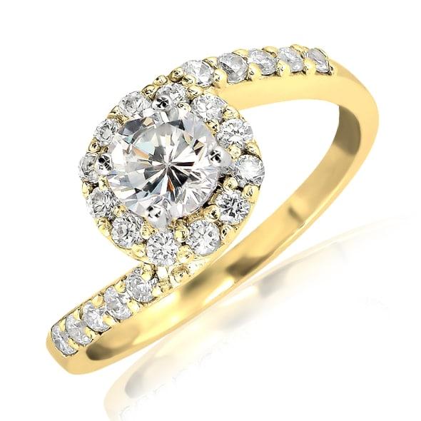 แหวนทอง 18K ประดับเพชร น้ำหนักรวม 0.60 กะรัต ค่าสี E ค่าความสะอาด VS2 เพชรมาพร้อมใบรับรองจากสถาบัน GIA