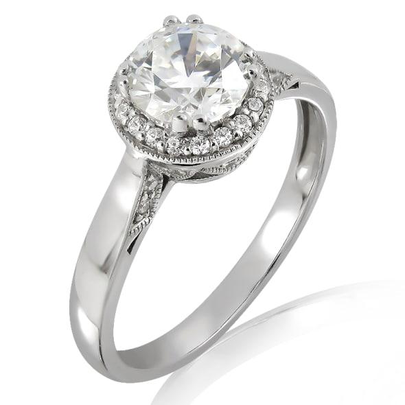 แหวนทอง 18K ประดับเพชร น้ำหนักรวม 0.35 กะรัต ค่าสี F ค่าความสะอาด VS