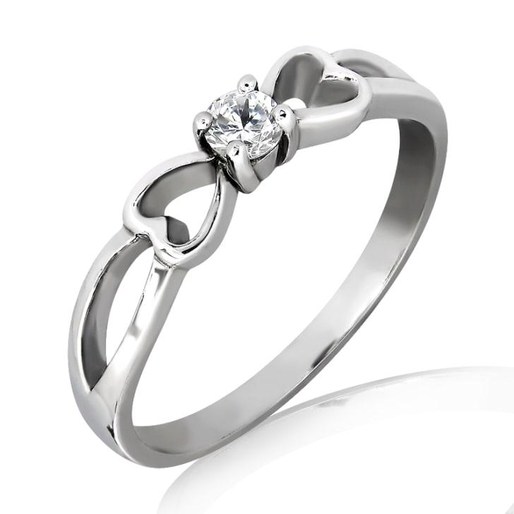 แหวนทอง 18K ประดับเพชร น้ำหนักรวม 0.10 กะรัต ค่าสี F ค่าความสะอาด VS