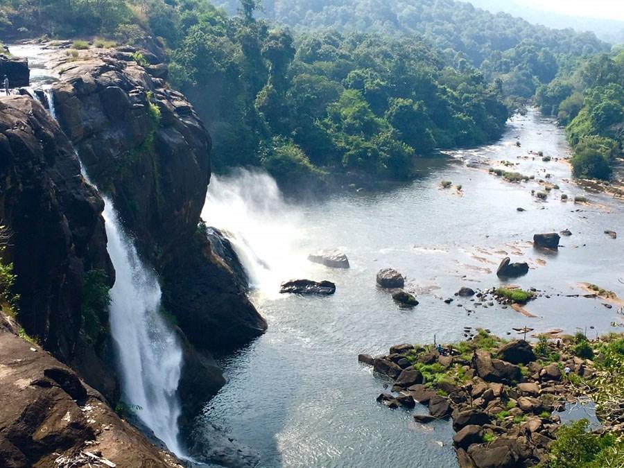 Wasserfälle von Athirapally, Indien