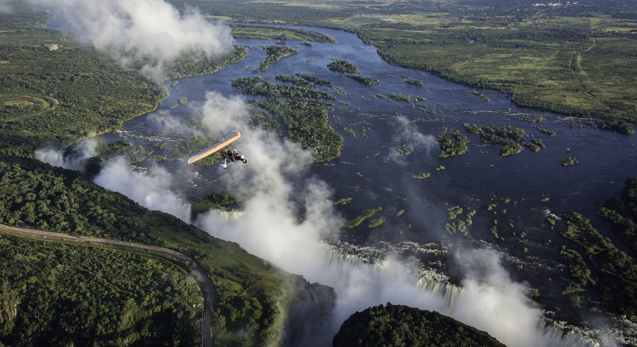 Explore the Batoka Gorge, the islands and the Mosi-oa-Tunya National Park