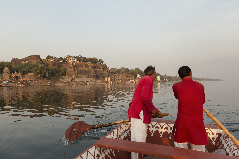 Evening boat trip at the river Narmada