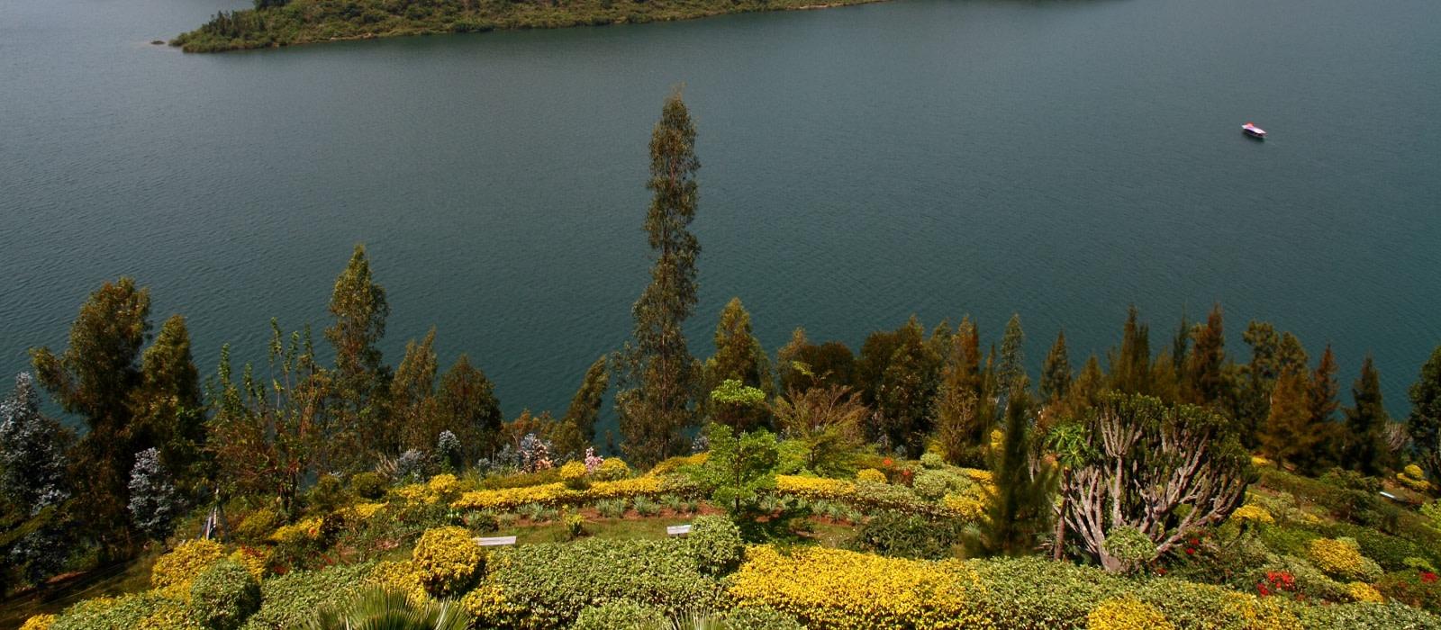 Ruanda Reise: Vulkane, Lake Kivu und Gorilla Trekking Urlaub 1