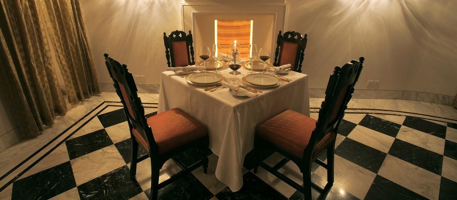 Hotel Taj Nadesar Palace North India