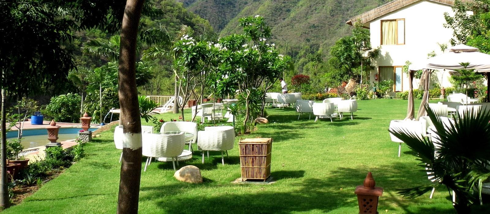 Hotel Raga On The Ganges Himalayas