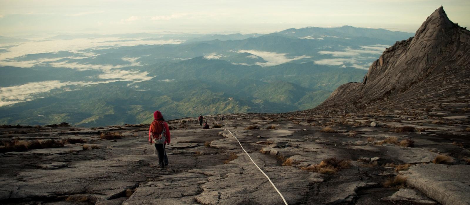 Abenteuer Wildnis – Borneos Dschungel und Strände Urlaub 1