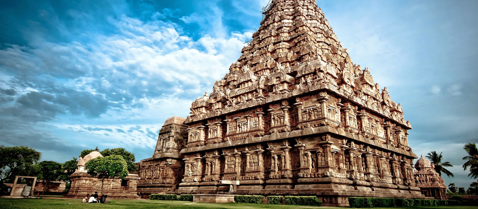 Simply South India: Heritage, Landscapes and Beach Tour Trip 1