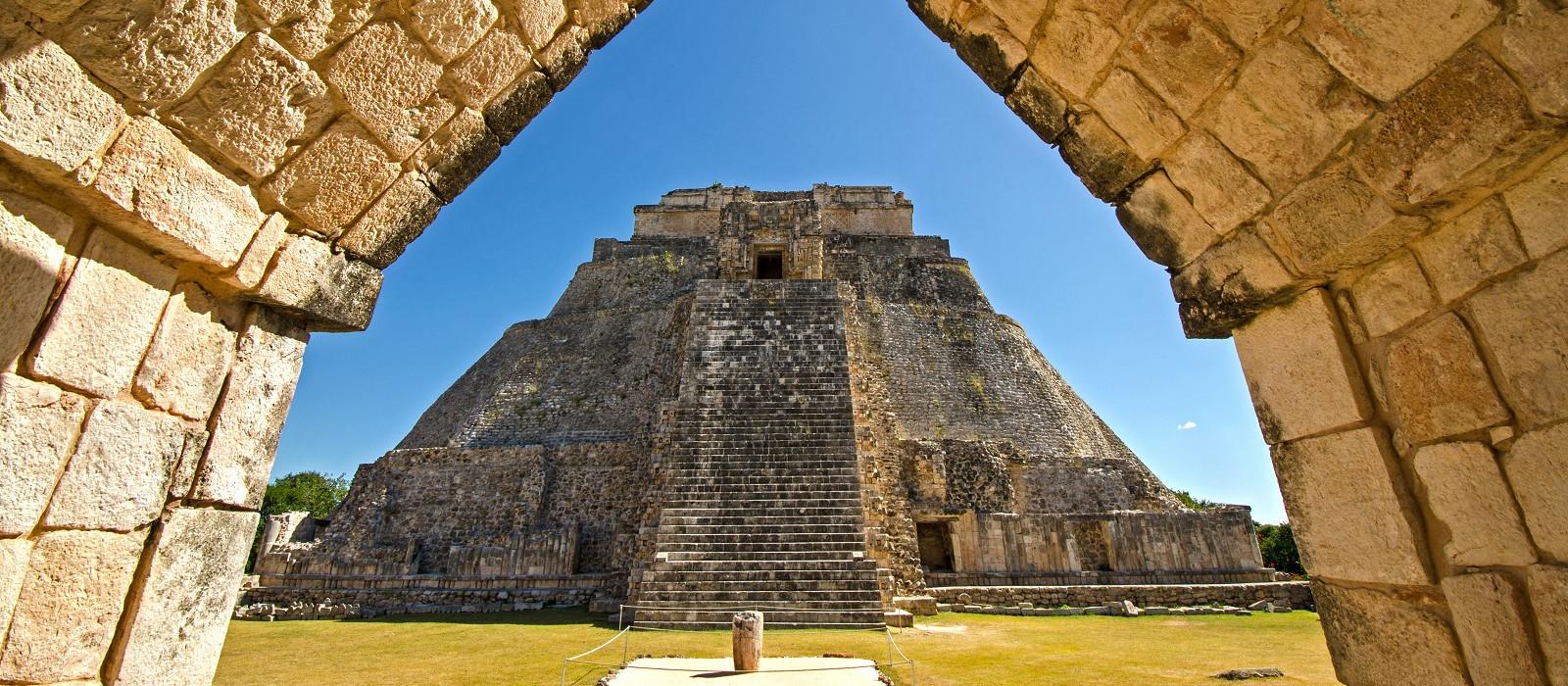 Yucatan In-Depth: Ancient Ruins and Beach Tour Trip 1