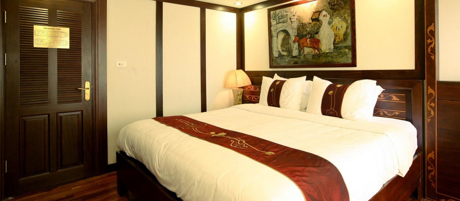 Hotel Indochina Sail Cruise Vietnam
