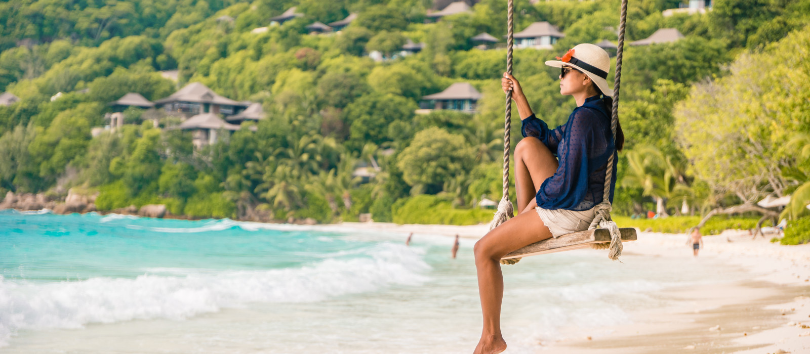 Luxury Cruising in the Seychelles Tour Trip 1