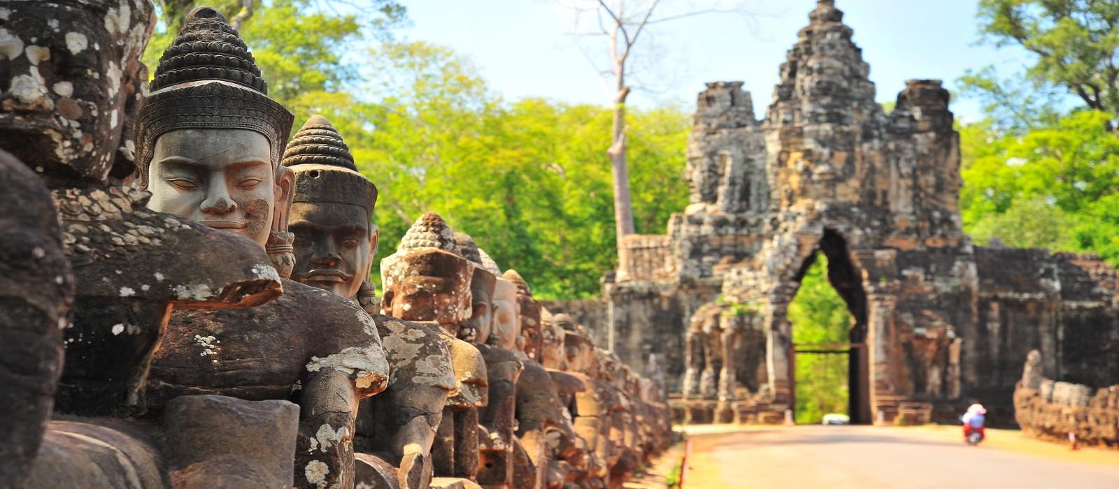Classic Cambodia Tour Trip 1