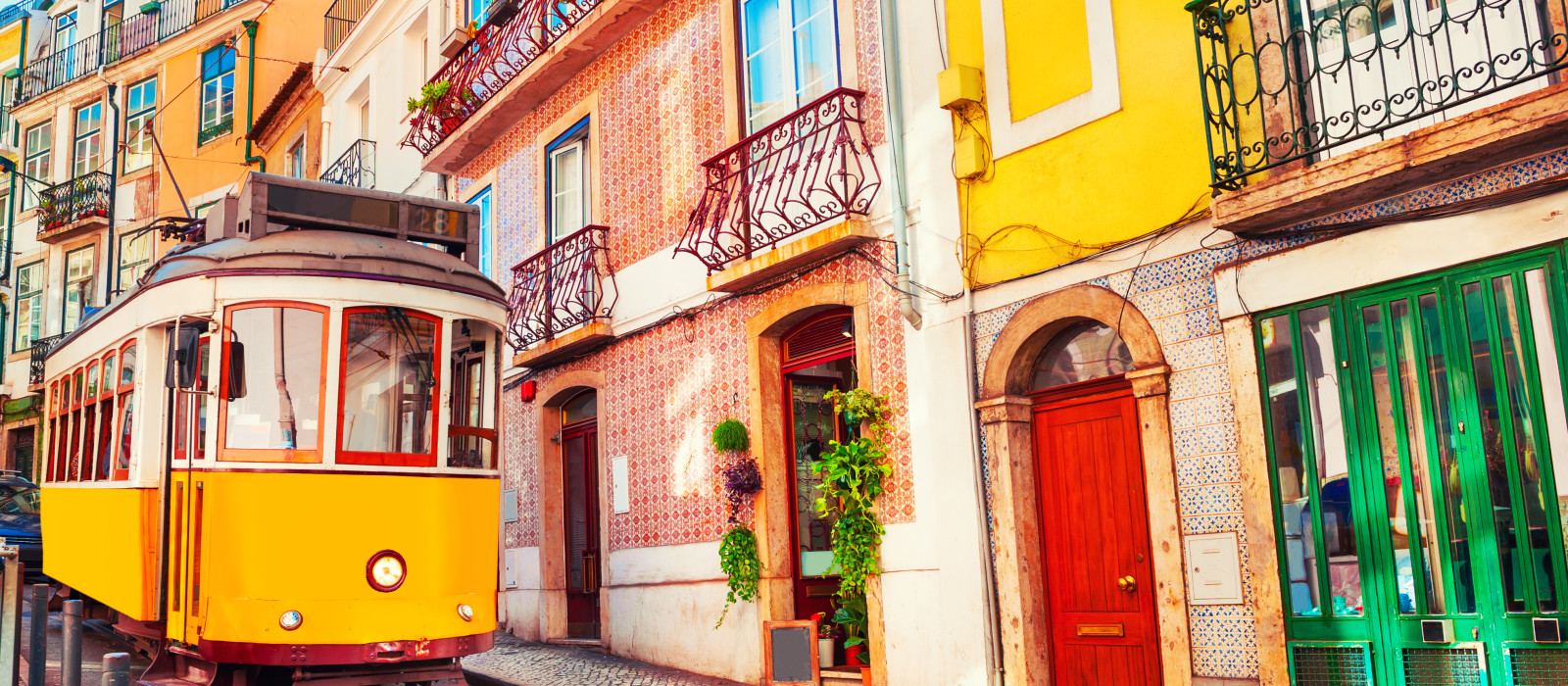 Portugal and Spain: Iberian Highlights Tour Trip 1