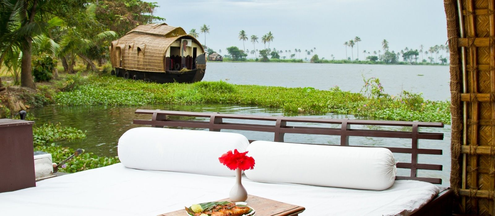 Hotel Spice Coast Cruise South India