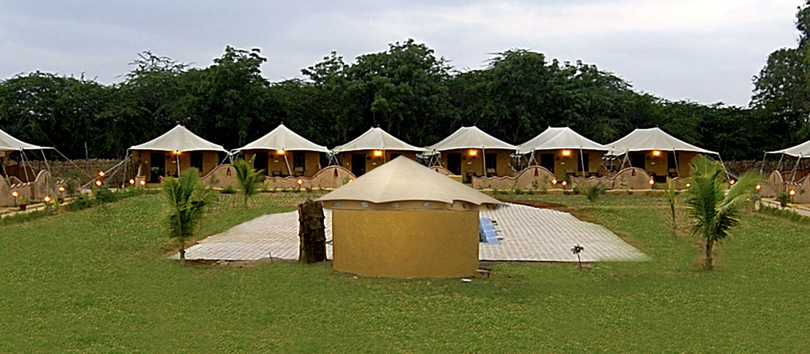 Hotel Infinity Resort (Rann of Kutch) Zentral- & Westindien