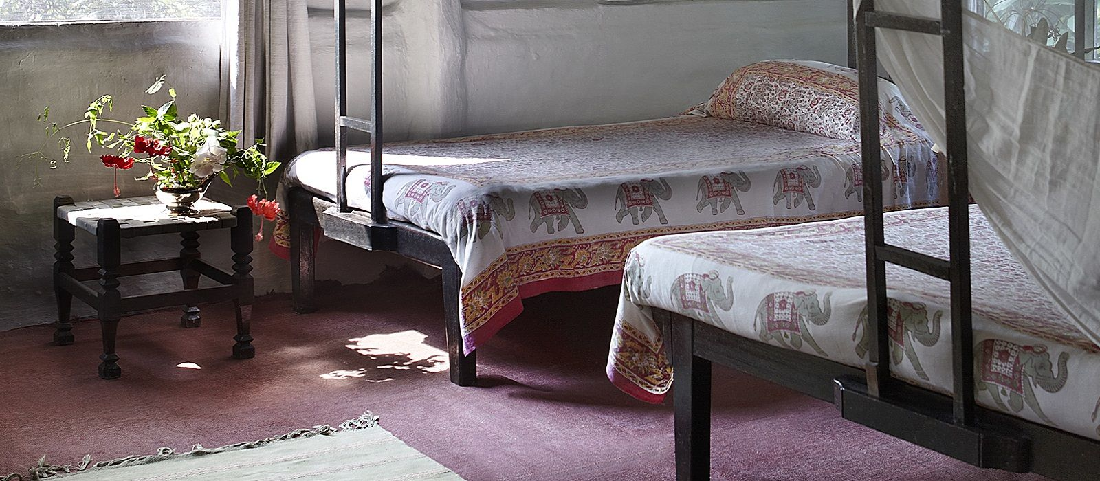 Hotel Tiger Tops Tharu Lodge Nepal