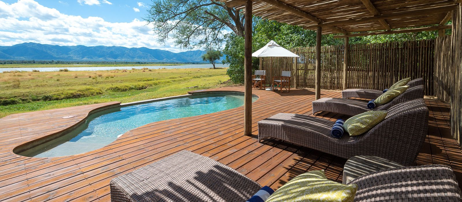 Hotel Ruckomechi Camp Zimbabwe