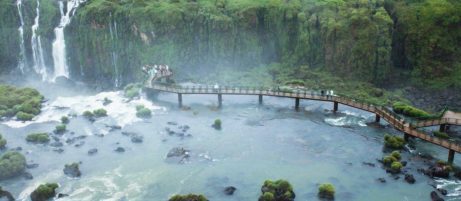 Exclusive Travel Tips For Your Destination Puerto Iguaz 250