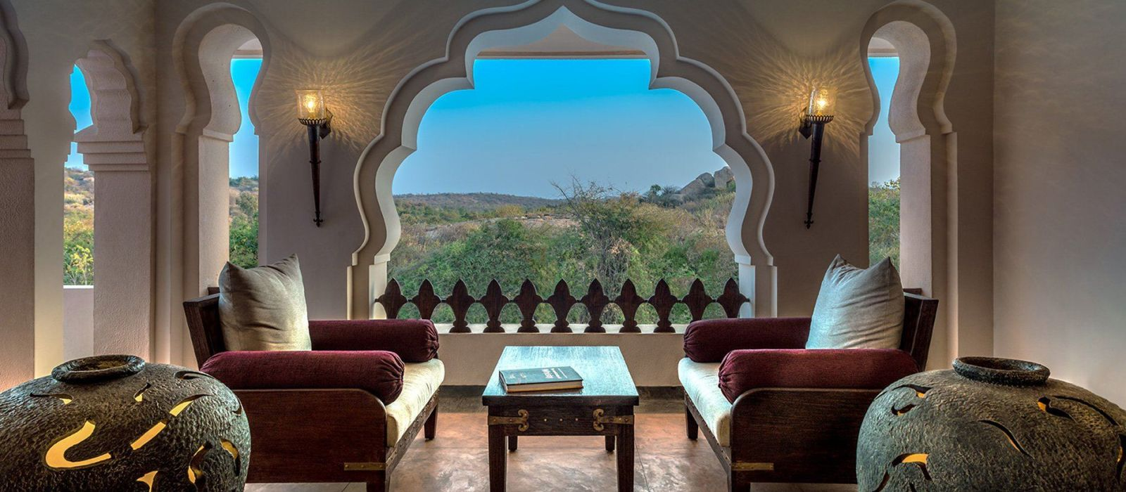 Hotel Evolve Back Kamalapura Palace Hampi South India