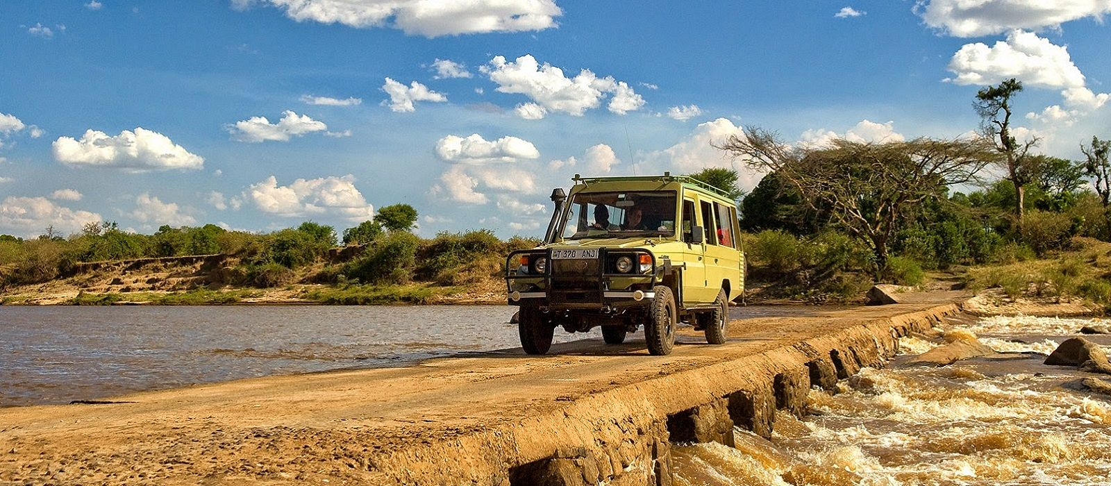 Tanzania, Zimbabwe and Botswana Safari Highlights Tour Trip 3