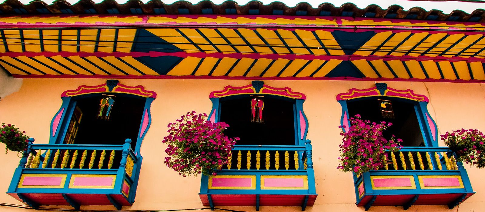 Colorfully Yours, Colombia Tour Trip 5