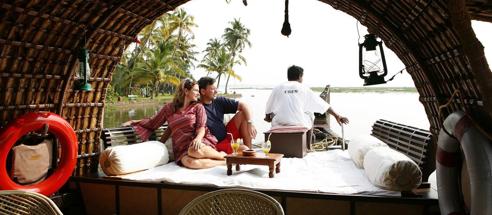 Backwaters of Kerala – Australia Special Tour Trip 2