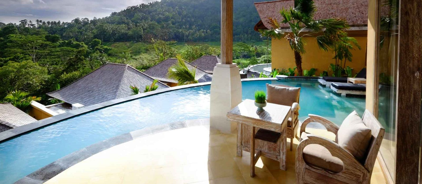 Hotel Wapa di Ume, Sideman Indonesia