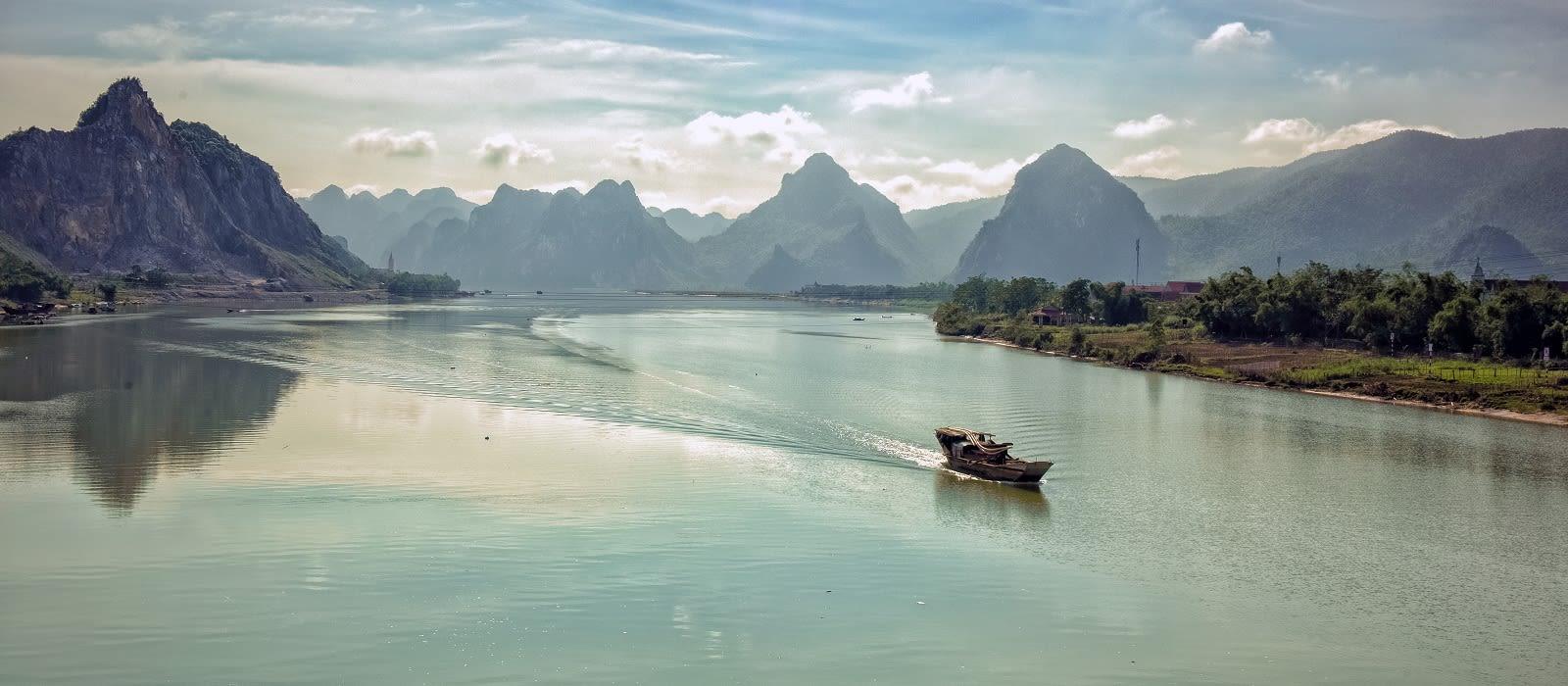Destination Quang Binh Vietnam