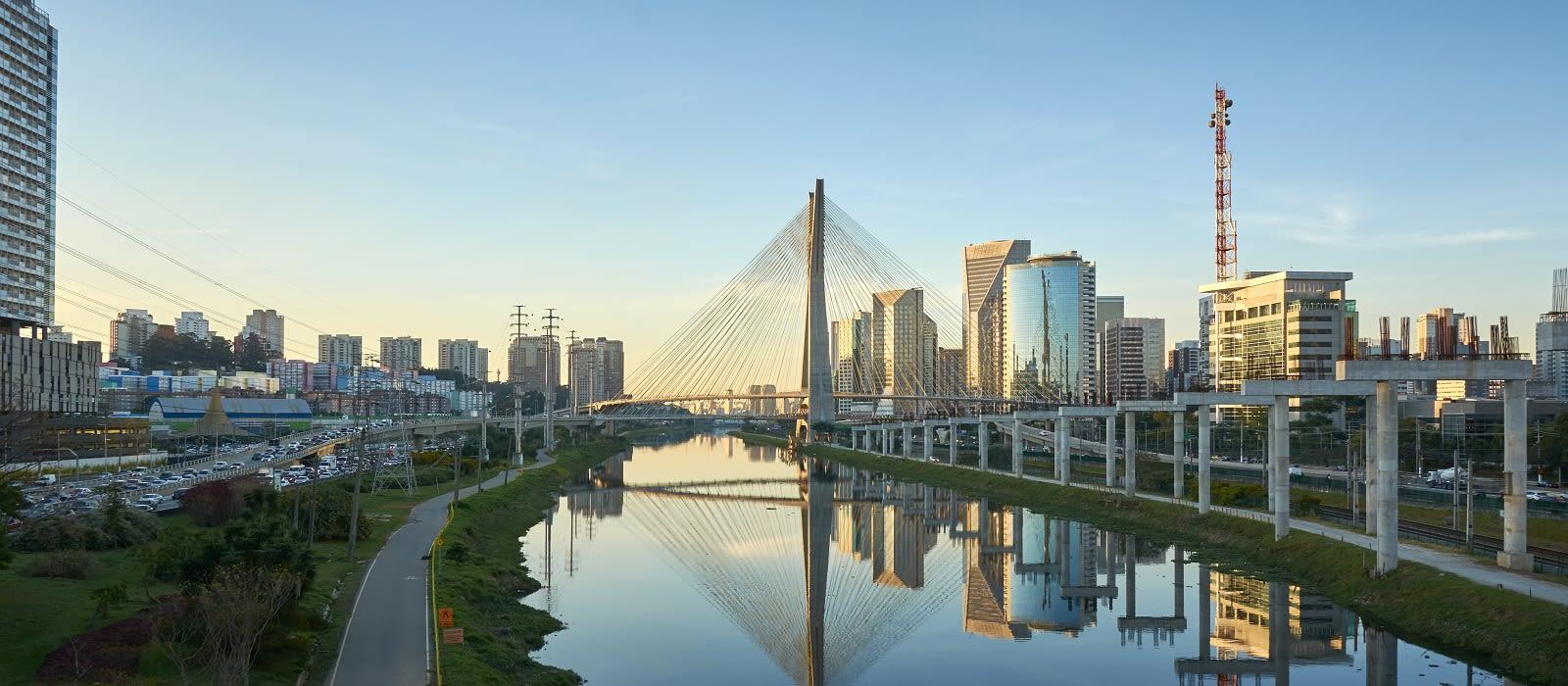 Brazil's Big Cities, Nature and Beach Tour Trip 1